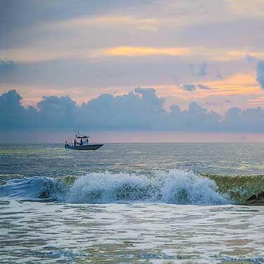 island-waves-fishing