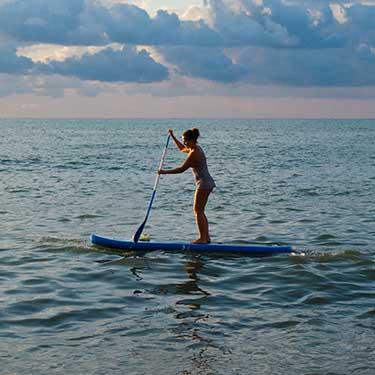 island-waves-paddleboard