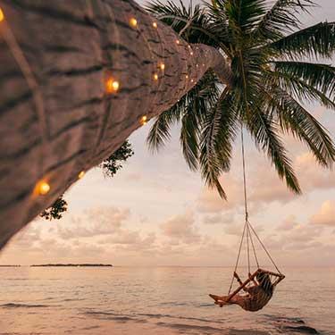 island-waves-swing